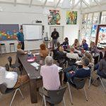 Englændere på inspirationstur til Hellerup Skole